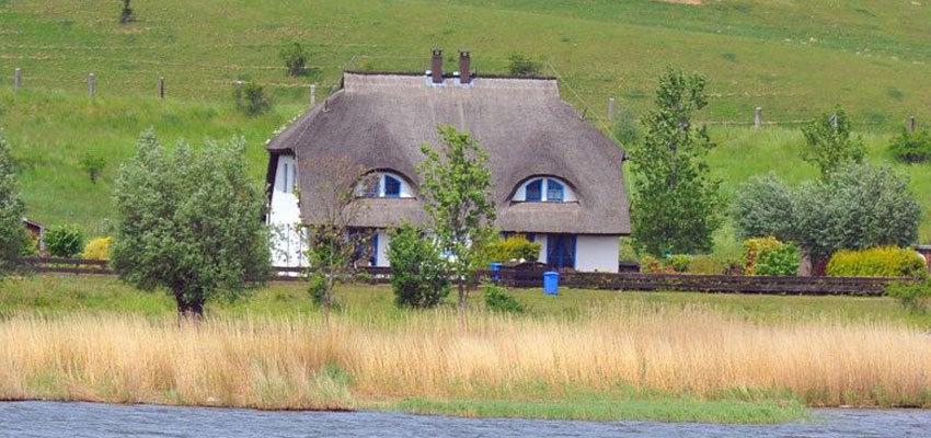 Ferienhaus am Wasser mieten bei www.fewo-direkt.de