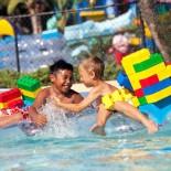 Kinder im Legoland Wasserpark