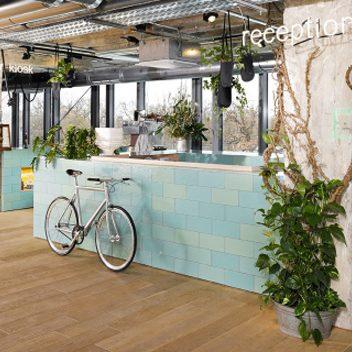 25hours-hotel-bikini-berlin-reception-lobby-Bild: Andrea Fischer Trips4kids.de