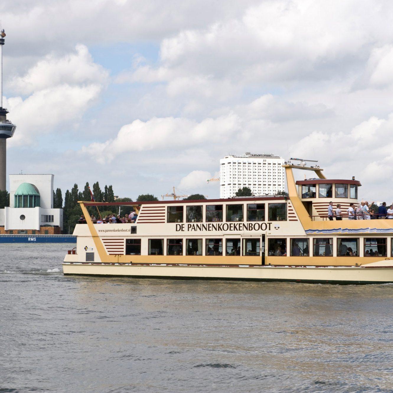 Pannenkoekenboot_Rotterdam
