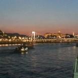 A-Rosa Flusskreuzfahrt: Budapest bei Nacht; Bild: S.Vodicka