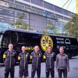 AIDA-Fussball-Camp: Ankunft des BVB-Trainerteams in HH; Bild: AIDA PR