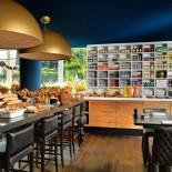 Andaz Hotel Amsterdam: Bluespoon Restaurant - Breakfast; Bild: PR Andaz Amsterdam