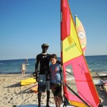 Club Aldiana Tunesien: Surfkurs am Strand; Bild: Adrienne Friedlaender
