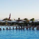 Club Aldiana Tunesien: Wasserspaß mit Animateuren; Bild: Adrienne Friedlaender