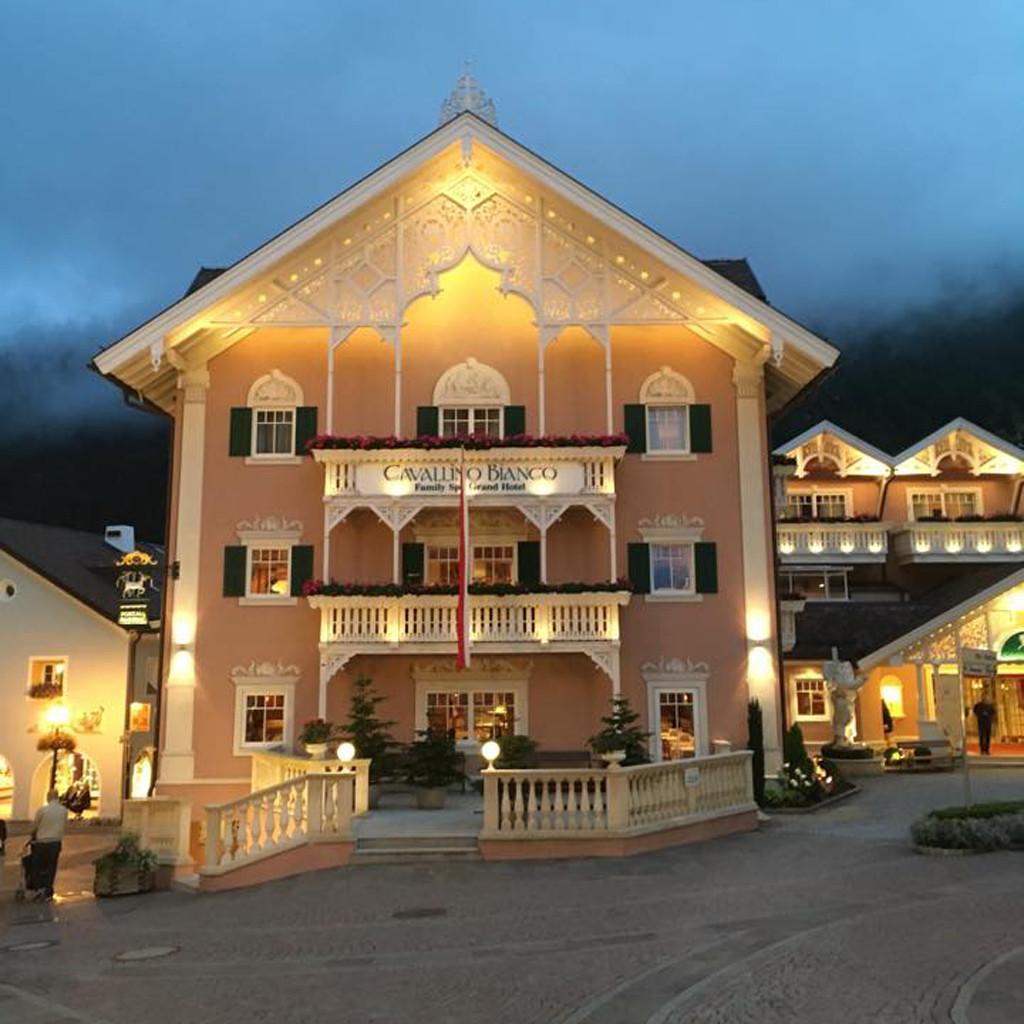 Cavallino Bianco Family Spa Grand Hotel Dolomiten Sudtirol
