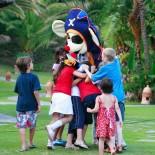 Bahia Kempinski Hotel: Kidsclub mit Animation; Bild: PR Kempinski