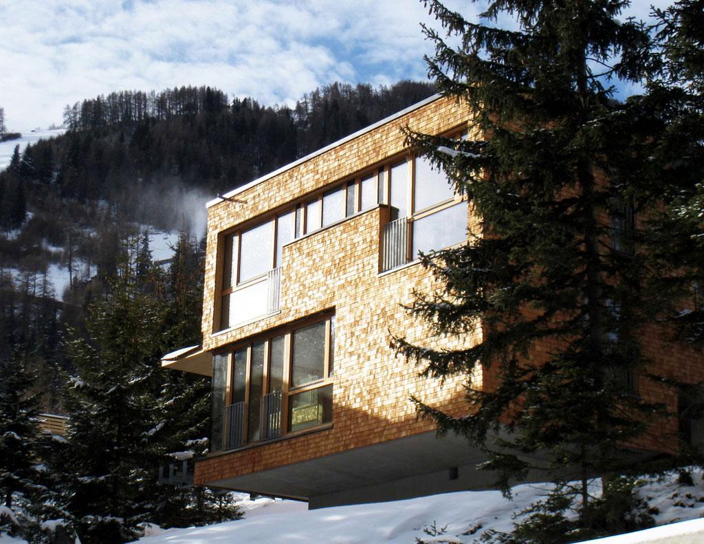 Chaletdorf_im_Schnee__Gradonna_Mountain_Resort_