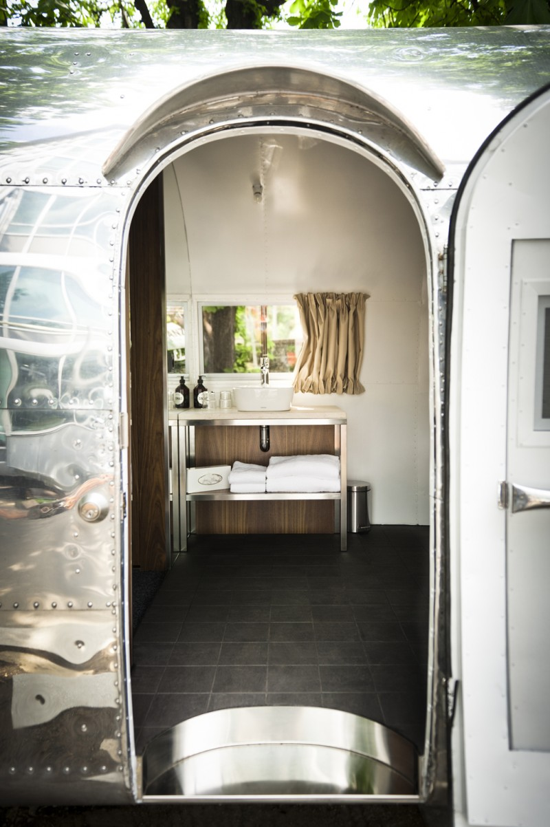 luxus camper hotel daniel wien trips4kids. Black Bedroom Furniture Sets. Home Design Ideas