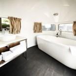 Camper Hotel Daniel - Badezimmer mit Wanne