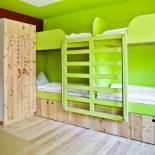Juhe! Bettnische in coolem Kiwi-Grün