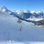 Ehrwald: Skigebiet mit Skifahrer Panorama; Foto: S.Vodicka