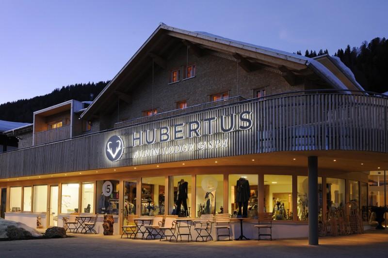 Hotel hubertus alpin lodge spa balderschwang trips4kids for Designhotel hubertus alpin lodge spa