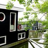 Hier liegen 10 Hausboote: Hausbootinsel Centerparcs Bispingen