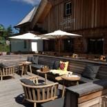 Hotel Hochschober: Almzeit Hütte mit Terrasse; Bild: Sven Müller