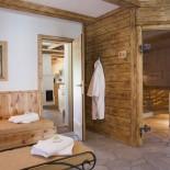 Feriendorf Holzleb'n: Sauna- und Wellnessbereich; Bild: PR Holzleb'n