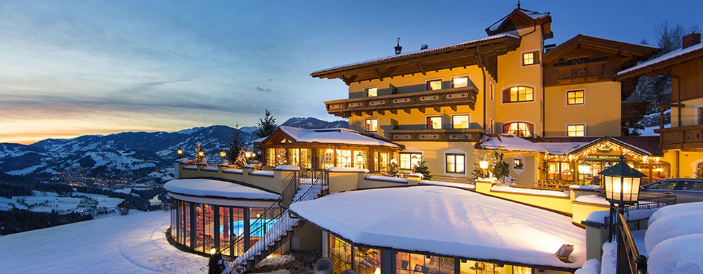 Hotel Alpenhof Nachtaufnahme