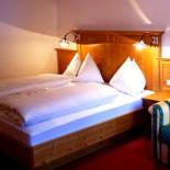Lungau: Hotel Neuwirt in Mauterndorf - Doppelzimmer; Bild: PR Neuwirt