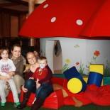 Mamas mit Paul und Jan im Kinderhotel