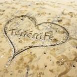 Herz im Sand von Teneriffa