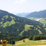 Flying Fox XXL Seilbahnstrecke: Blick ins Tal