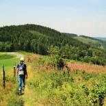 Rothaarsteig: Wanderweg mit Aussicht; Bild: A.Schmelter