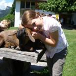 Emma mit Ziege