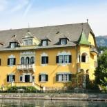 Charmante Villa direkt am See ©AndreaFischer