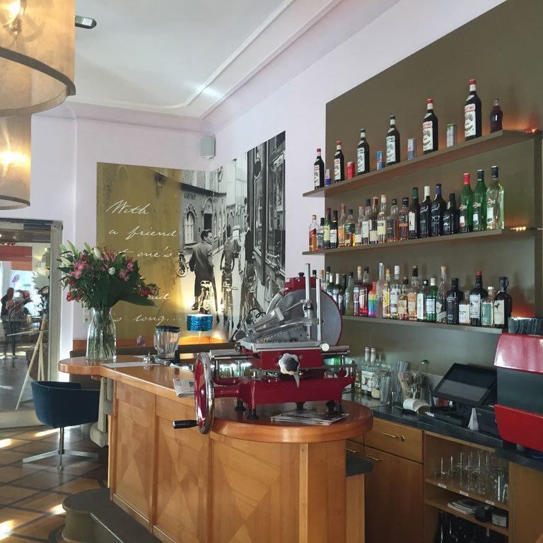 Villa_Auersperg_Restaurant_Bar..Bild_SMH.jpg