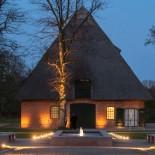 Bootshaus Weissenhaus - Kulturscheune      Foto: Michael Poliza