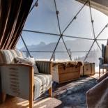Whitepod Eco-Lodge: Zelt mit Aussicht; Bild: PR Whitepod.com