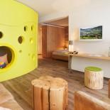 Zimmer mit grünem Käse