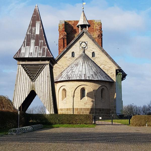 Alte-Kirche-Pellworm @ Foto: Nadine Sorgenfrei