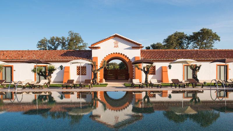Vila Galé-Alter-Real-Aerea - Pool @ Foto: Vila Galé Hotels