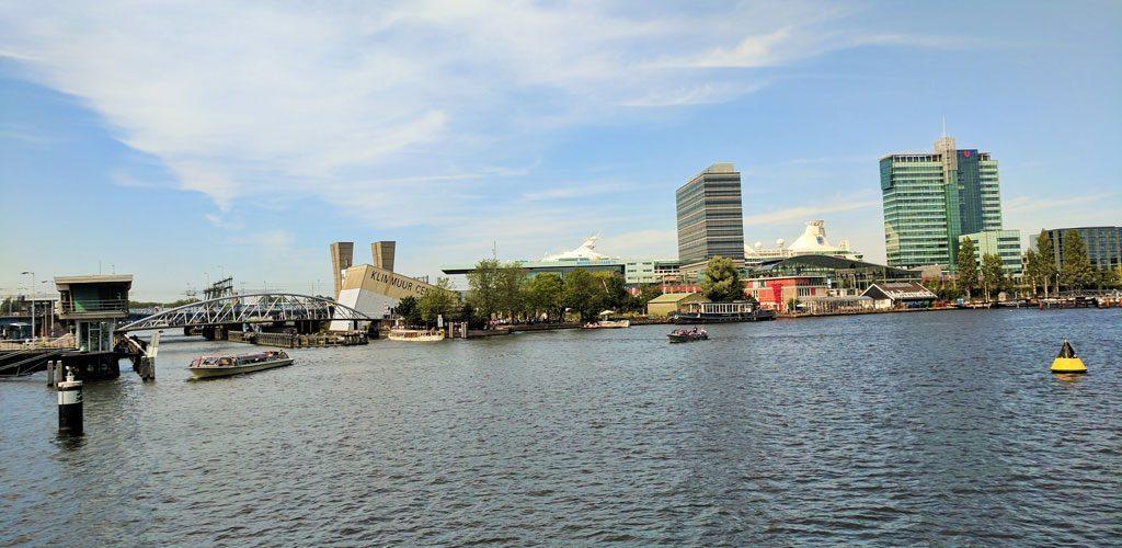 Skyline Hotel Moevenpick am Wasser Amsterdam