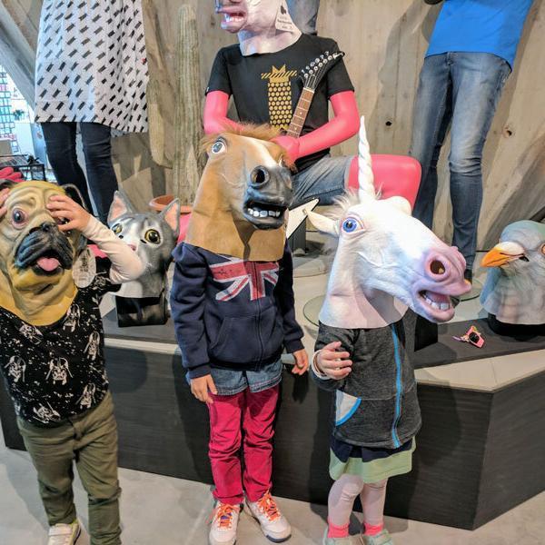 Aufmacher-Amsterdam-Kinder