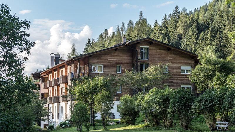 Hotel Bad Ratzes Aussenansicht - Familienhotels Südtirol