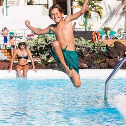 Club_La_Santa_jump-right-into-our-leisure-pool.Bild@ClubLaSanta.1