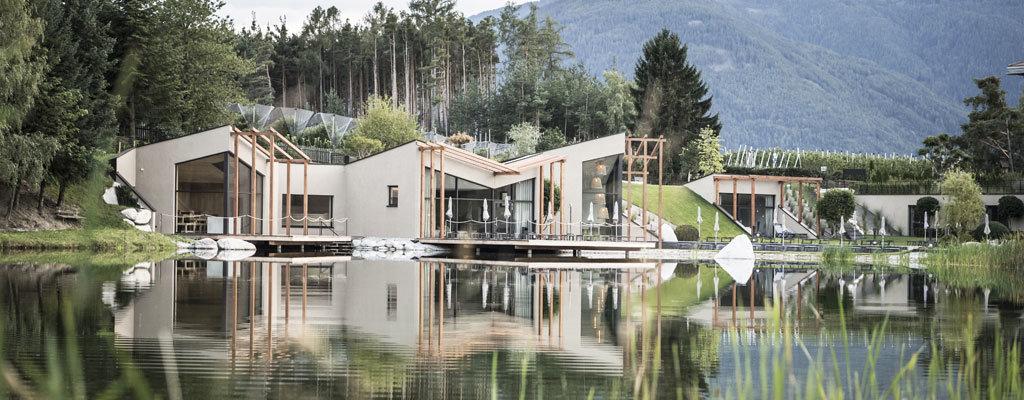 Der Seehof Nature Retreat - Outdooranlage mit Garten und See