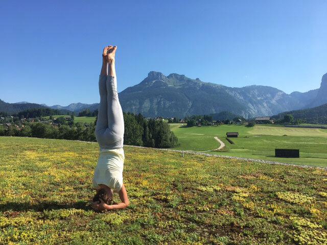 Yoga in den Bergen Foto: Die Wasnerin