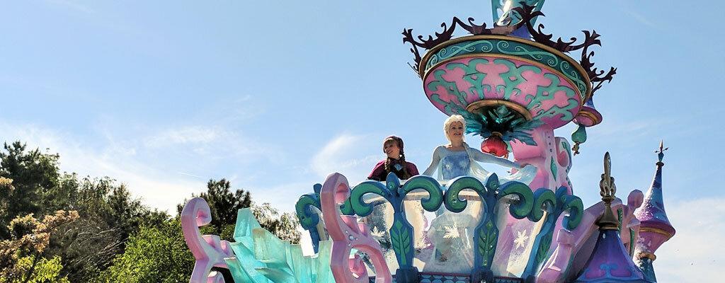 Karte Disneyland Paris Attraktionen.Disneyland Paris Mit Kindern 7 Uberlebens Tipps Trips4kids