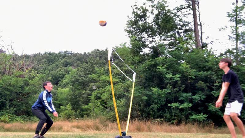 Foto-Julius-Volleyball-Netz