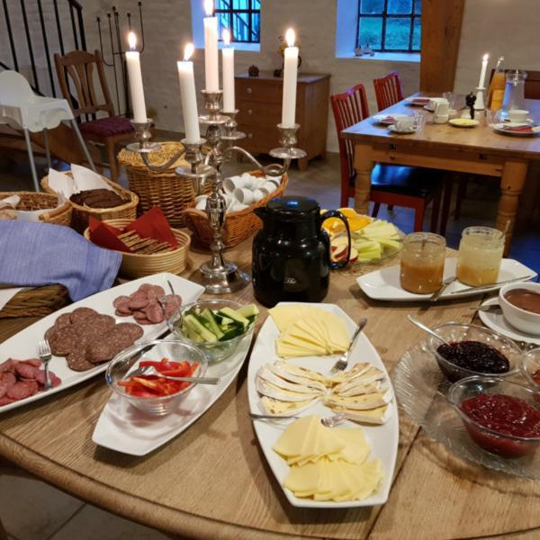 Frühstück, Hellevad Vandmølle, Bauernhofurlaub, Jütland © Foto: Nadine Sorgenfrei
