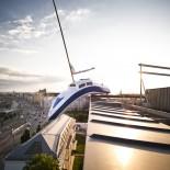Hotel Daniel Wien - Boot auf dem Dach