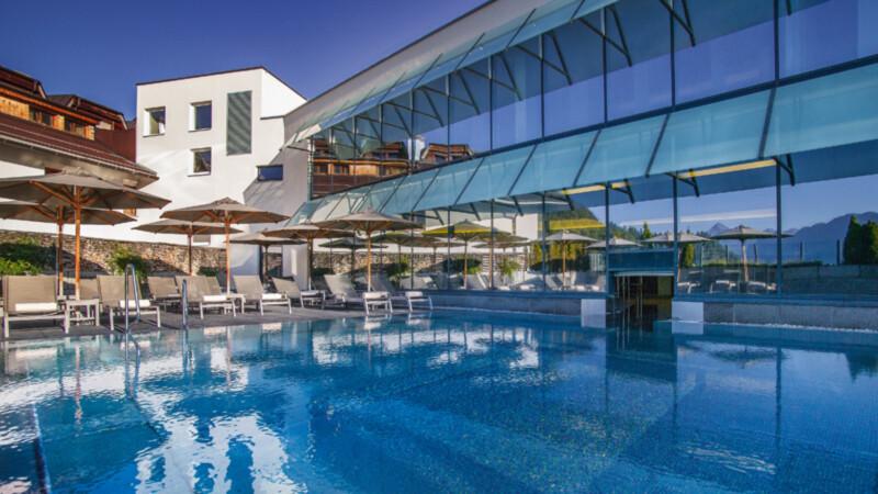 Pool im Hotel Loewe in Serfaus
