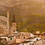 Hotel Jumeirah Port Soller - Kirche Mallorca