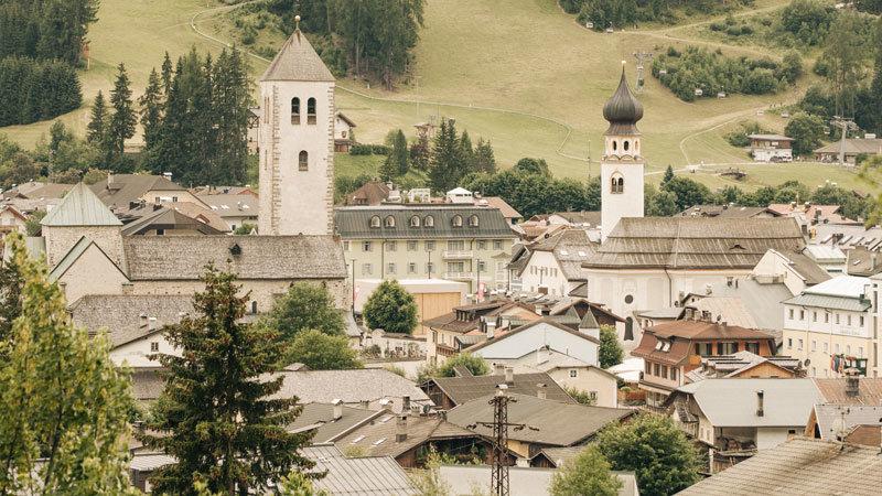 Naturhotel Leitlhof - Ausblick auf das Dorf Innichen