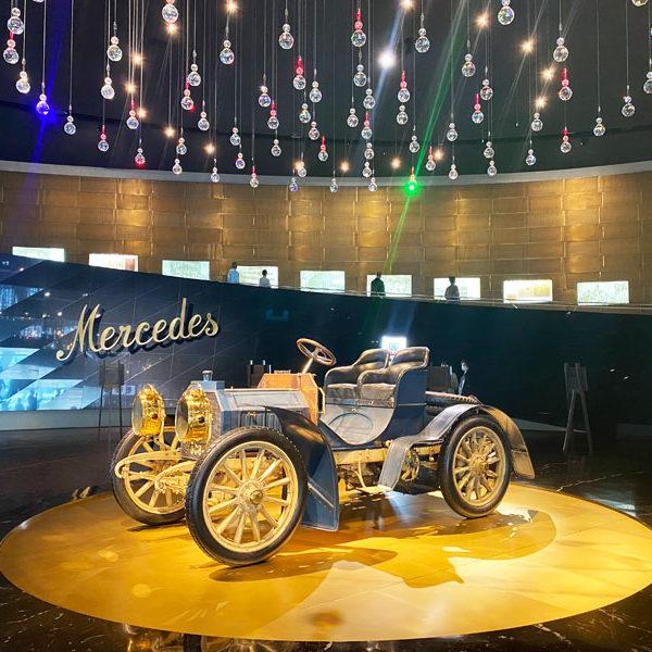 Mercedes-Museum--der-erste-Mercedes-der-Welt