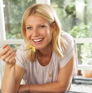 Gwyneth Paltrow beim Essen