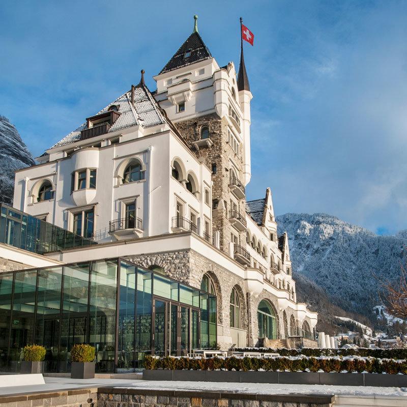Park Hotel Vitznau Aussenansicht Winter